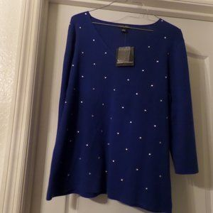 NWT Women's Designers Original Sweater - Large